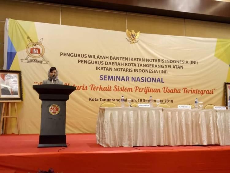 "Seminar Nasional ""Profesi Notaris Terkait Sistem Perijinan Usaha Terintegrasi"""
